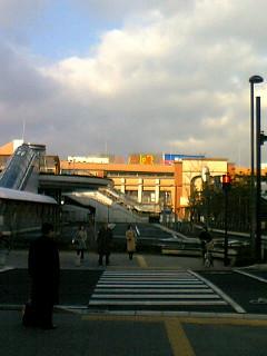 今日は仙台に来ています。